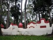 Tin tức trong ngày - Giải mã ngôi mộ cổ ai đi vào cũng phải cúi mình ở Sài Gòn