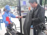 Tin tức trong ngày - Giá xăng dầu đồng loạt giảm từ 15 giờ chiều nay
