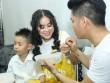 Lê Phương được tình trẻ cưng chiều trước mặt con trai khi đi hát