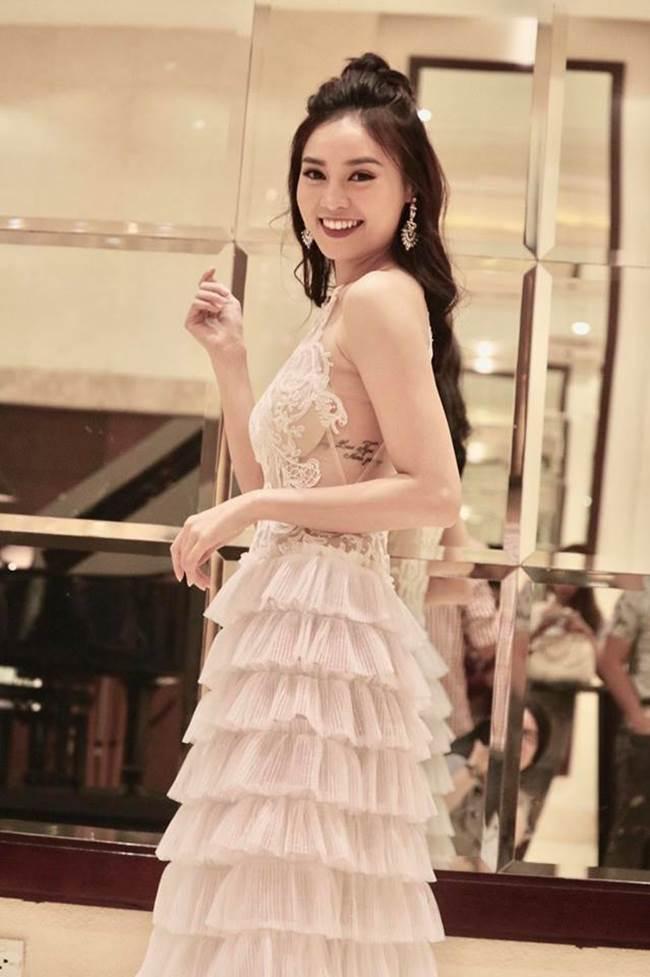 """Sau thành công của vai Cám trong phim  """" Tấm Cám: Chuyện chưa kể """" , Lan Ngọc có bước tiến dài trong sự nghiệp diễn xuất. Cô được nhận định là một trong những diễn viên trẻ tài năng ở Việt Nam."""