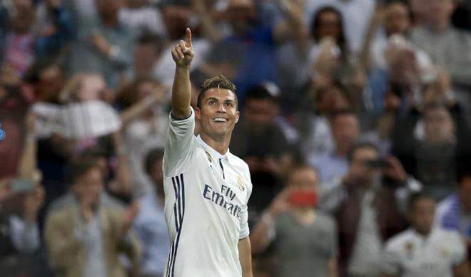 """Malaga – Real Madrid: """"Thanh gươm"""" của Hoàng đế - 1"""