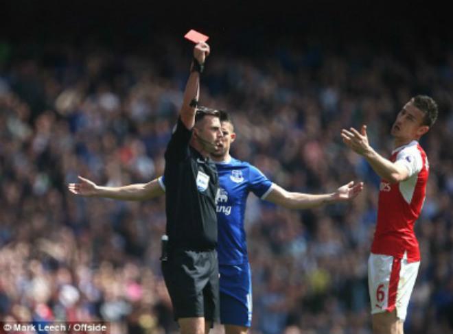 """Arsenal - Everton: """"Mưa bàn thắng"""" đẫm nước mắt - 1"""