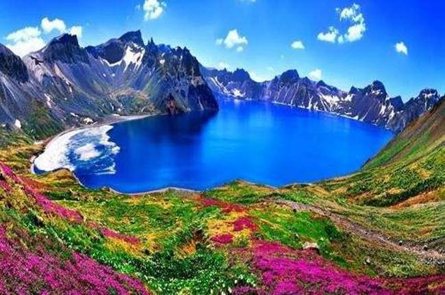 Điêu đứng trước vẻ đẹp 10 hồ núi lửa đẹp ngất ngây - 8