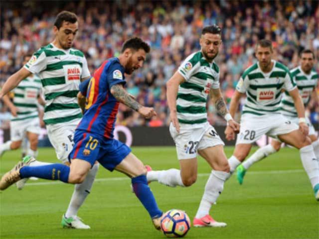 Malaga - Real Madrid: Ronaldo chắp cánh vinh quang - 2