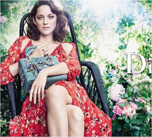 Người tình tin đồn của Brad Pitt bị Dior sa thải vì già và mập? - 10