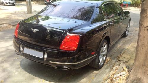 Bentley Continental Flying Spur sau 11 năm rớt giá thảm - 3