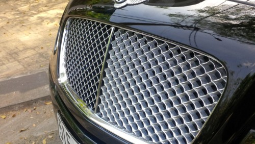 Bentley Continental Flying Spur sau 11 năm rớt giá thảm - 5