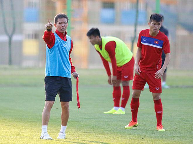"""""""Tiếp lửa"""" U20 Việt Nam: Vạn anh em ở Hàn Quốc phủ đỏ sân Cheonan - 1"""