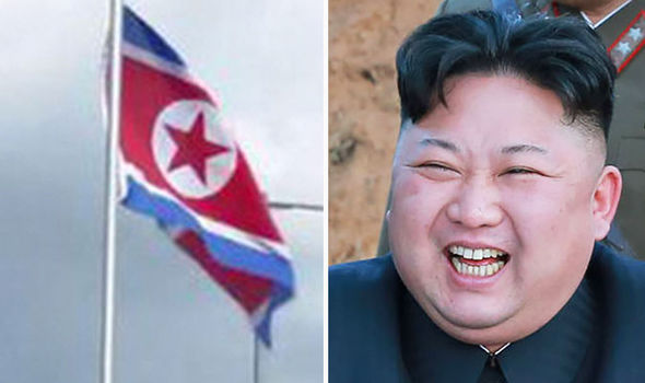 """Anh: Căn nhà bí ẩn """"không người"""" bỗng giương cờ Triều Tiên - 1"""