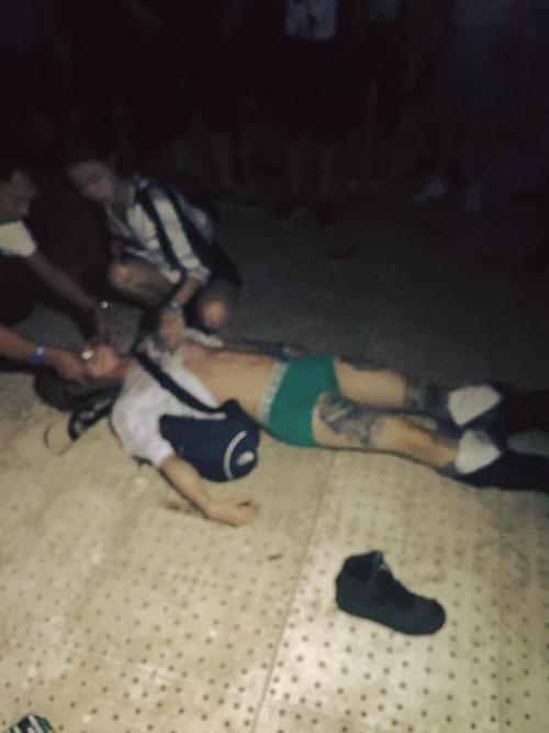 Sốc với cảnh khán giả ngất xỉu, rơi nội y sau đêm nhạc ở sân Mỹ Đình - 3