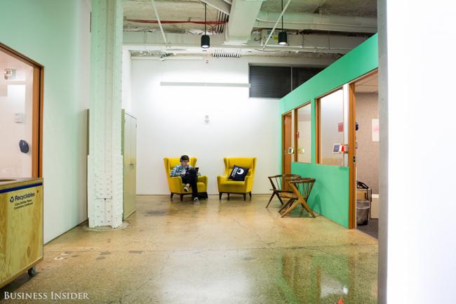 Văn phòng của Facebook tại New York nằm trong tòa nhà Greenwich Village.