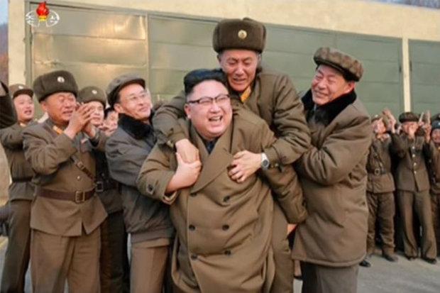 """Lý do Triều Tiên quyết chế tạo tên lửa """"san phẳng"""" Mỹ - 3"""