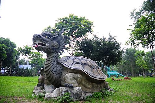 """Khu vườn toàn """"quái thú"""" độc, lạ và dị nhất Việt Nam - 4"""