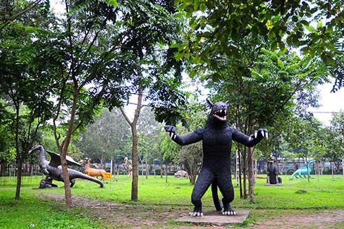 """Khu vườn toàn """"quái thú"""" độc, lạ và dị nhất Việt Nam - 1"""