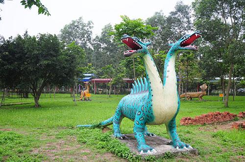 """Khu vườn toàn """"quái thú"""" độc, lạ và dị nhất Việt Nam - 7"""