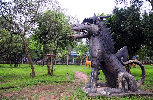 """Khu vườn toàn """"quái thú"""" độc, lạ và dị nhất Việt Nam - 14"""