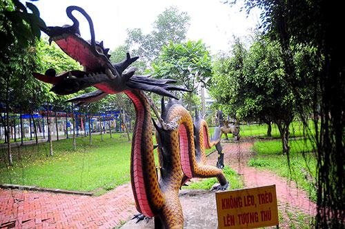"""Khu vườn toàn """"quái thú"""" độc, lạ và dị nhất Việt Nam - 15"""