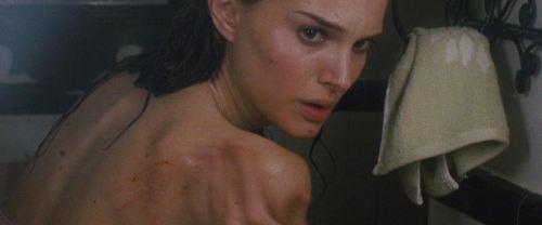 Sửng sốt vì phim cổ tích ngập tràn cảnh cấm kỵ gắn mác 18+ - 4
