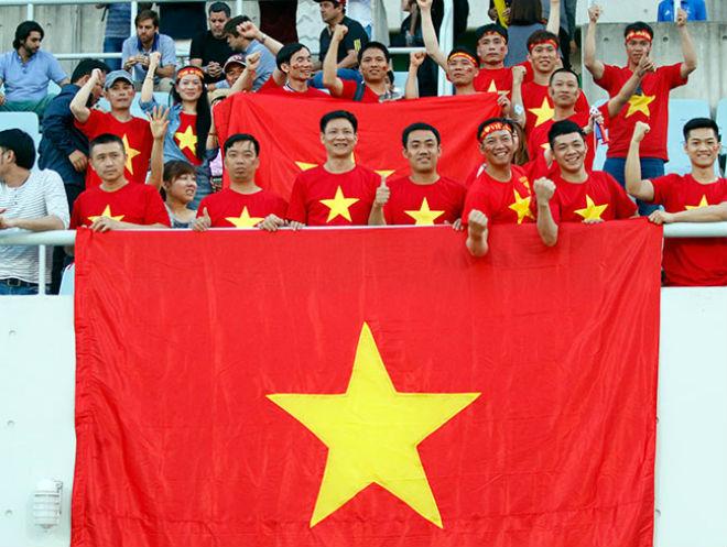 Fan nữ xinh hừng hực khí thế cổ vũ U20 Việt Nam đá U20 New Zealand - 6