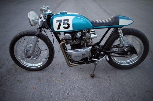 """Honda CB500T 1975 """"lột xác"""" dưới bàn tay """"phù thủy"""" - 3"""