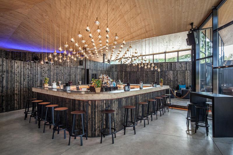Nhà hàng gây sốt vì kiến trúc góc cạnh độc đáo - 7
