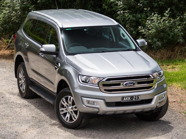 Ford tiếp tục giảm giá xe tại Việt Nam - 1