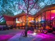Tài chính - Bất động sản - Nhà hàng gây sốt vì kiến trúc góc cạnh độc đáo