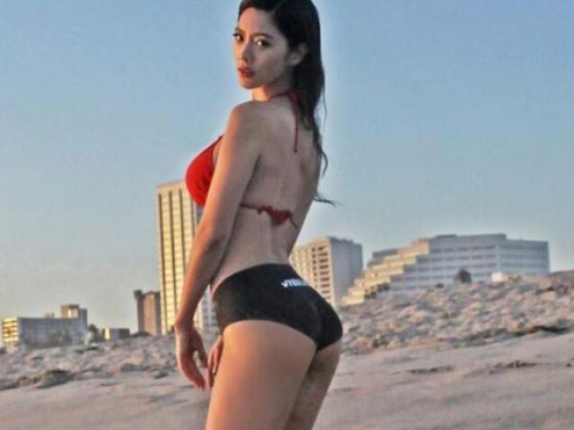 Dưới nắng hè, 3 mỹ nữ khiến trai trẻ hừng hực vì quá bạo khi đi biển