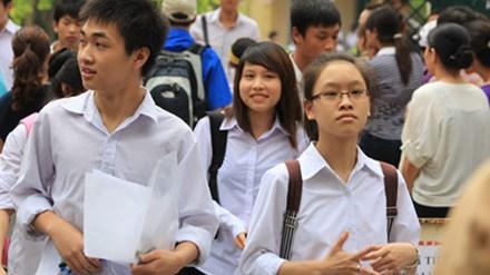 Thi vào lớp 10 ở Hà Nội: Nhiều học sinh học 16 tiếng mỗi ngày - 1