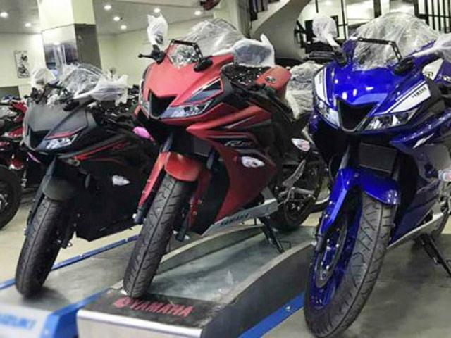 Yamaha R15 2017 đầu tiên về Việt Nam giá 125 triệu VNĐ