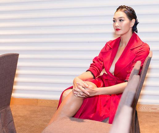 Hoàng Thùy, Minh Tú bị chỉ trích nặng khi đến trễ sự kiện The Face - 3