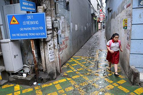 Tiết lộ bất ngờ vụ đường dành riêng cho trẻ bị xoá ở Hà Nội - 2
