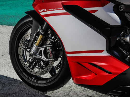 """Ducati 1299 Superleggera giá 2,1 tỷ đồng """"cháy"""" hàng - 3"""