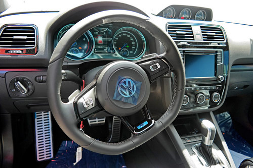Xe thể thao Volkswagen Scirocco R 2017 đến Việt Nam - 4