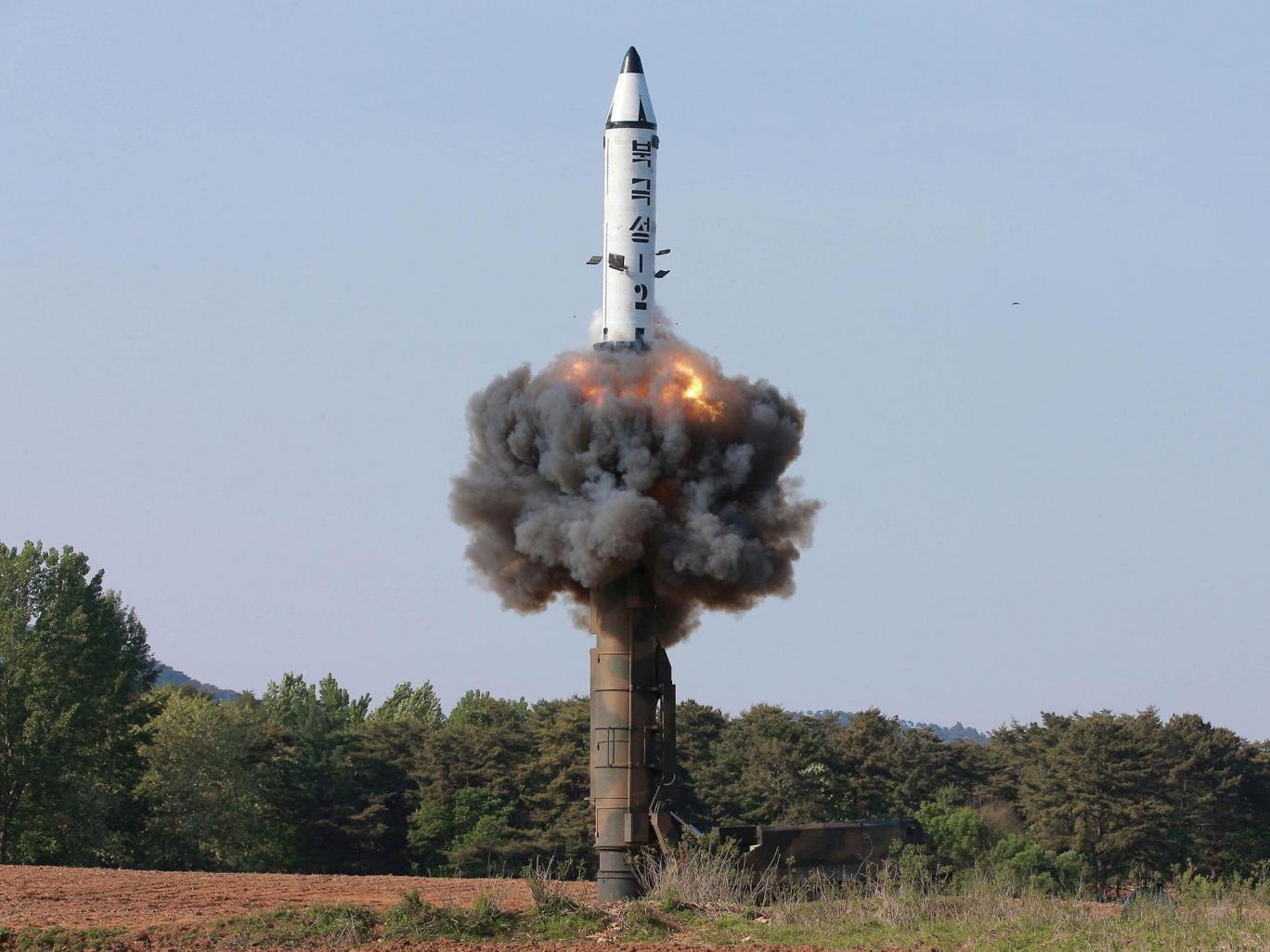 Hàn Quốc bất ngờ nổ súng cảnh cáo về phía Triều Tiên - 2