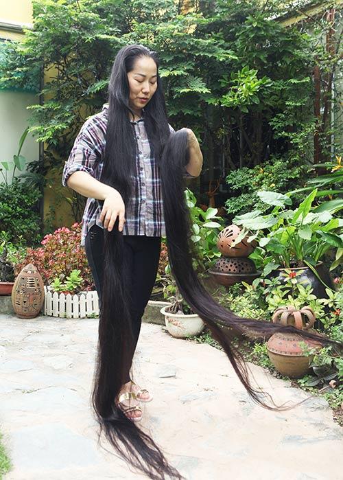 Chiêm ngưỡng mái tóc dài nhất Việt Nam, tỏa hương kỳ lạ - 6