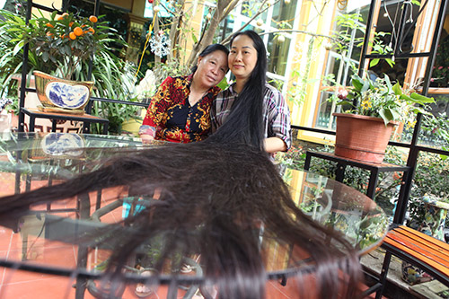 Chiêm ngưỡng mái tóc dài nhất Việt Nam, tỏa hương kỳ lạ - 2