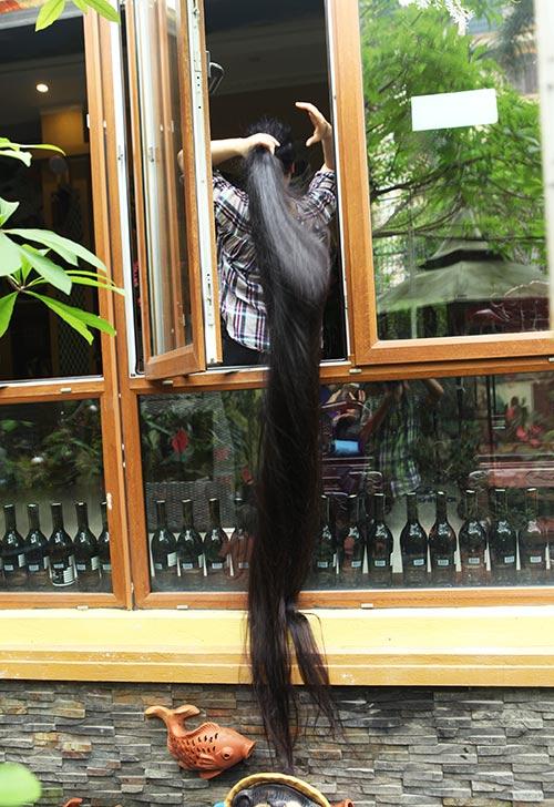 Chiêm ngưỡng mái tóc dài nhất Việt Nam, tỏa hương kỳ lạ - 11