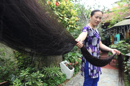 Chiêm ngưỡng mái tóc dài nhất Việt Nam, tỏa hương kỳ lạ - 9