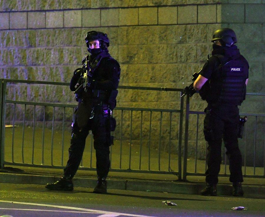 IS nhận trách nhiệm vụ khủng bố đẫm máu ở Manchester - 2