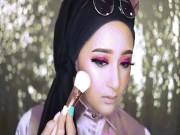 """Có ai ngờ, phụ nữ Hồi giáo lại make up đẹp  """" thần thánh """"  vậy"""