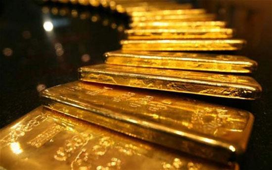 Giới đầu tư chốt lời, giá vàng lao dốc không phanh - 1