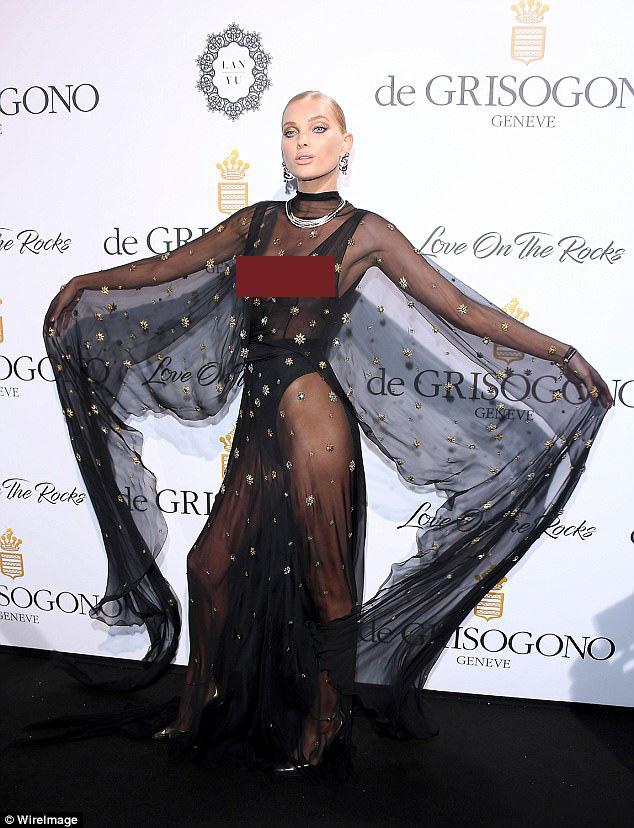 """Kiều nữ """"lộ liễu"""" ở Cannes vì mặc ngắn, mỏng như sương - 1"""