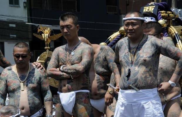 Ngày tàn của băng đảng Nhật: Trộm đồ ăn sống qua ngày - 3