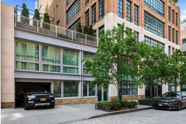 Biệt thự này có tên là Tribeca, tọa lạc tại trung tâm thành phố New York, Mỹ.