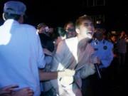 Ca nhạc - MTV - Sao Việt phải tự cứu mình khi khán giả quá khích