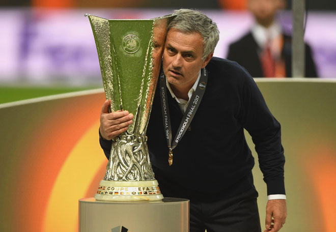 """Góc chiến thuật MU – Ajax: """"Cáo già"""" Mourinho phủ đầu săn cúp - 2"""