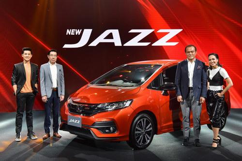 Honda Jazz 2017 ra mắt, giá rất rẻ chỉ 365 triệu đồng