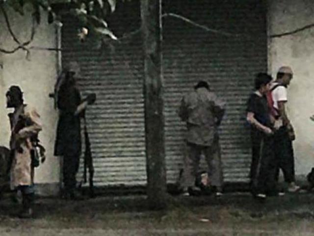 Duterte phản ứng quyết liệt sau vụ IS chặt đầu cảnh sát