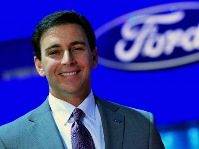 Lợi nhuận sụt giảm nghiêm trọng, Ford trảm tướng